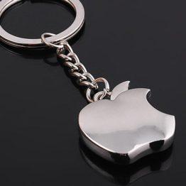 přívěšek na klíče jabko