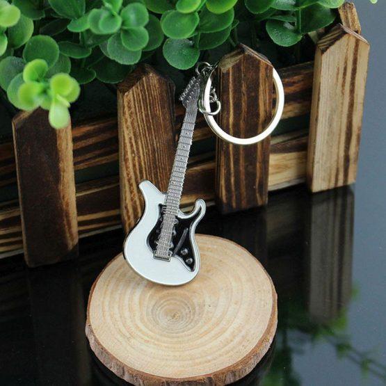 klíčenka kytara elektrická
