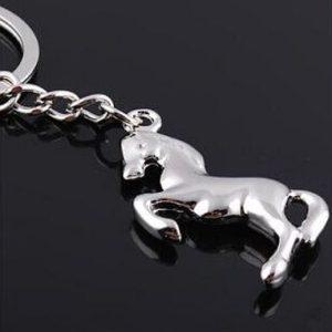 na klíče kůň